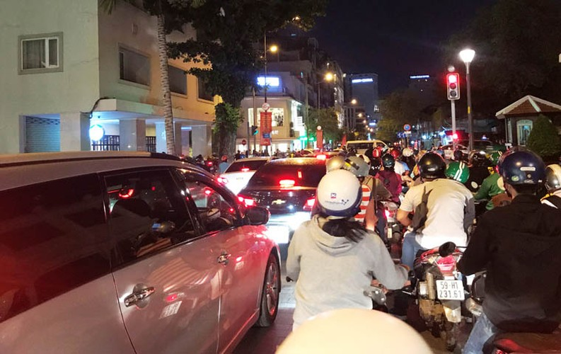 Pho phuong Ha Noi, TP.HCM soi dong chao don Quoc khanh 2/9-Hinh-19
