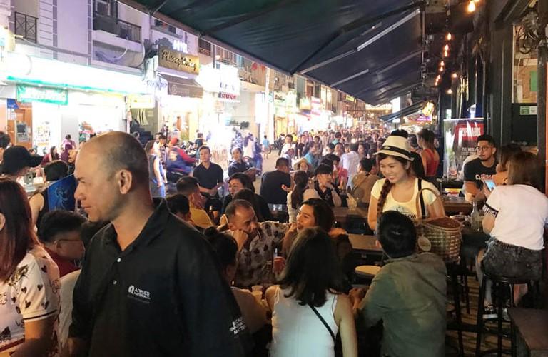 Pho phuong Ha Noi, TP.HCM soi dong chao don Quoc khanh 2/9-Hinh-24