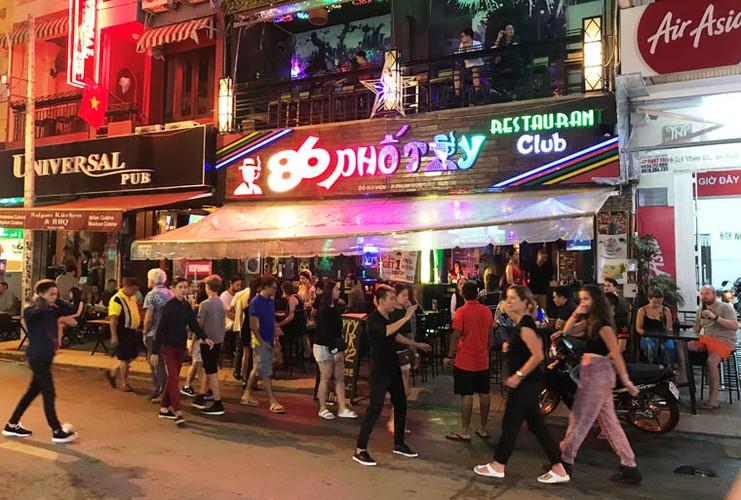 Pho phuong Ha Noi, TP.HCM soi dong chao don Quoc khanh 2/9-Hinh-26