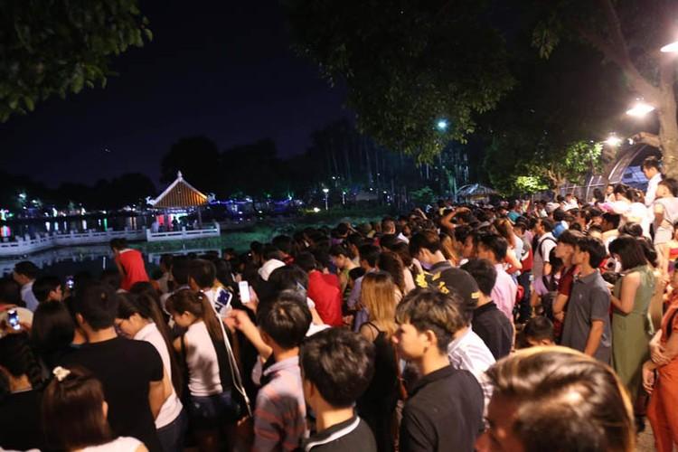 Man nhan man ban phao hoa mung Quoc khanh 2/9 o TPHCM-Hinh-2