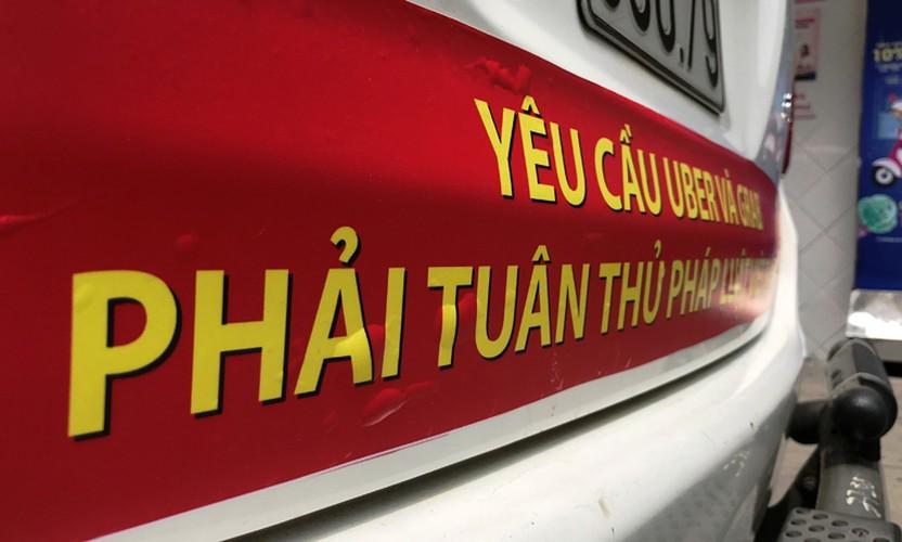Bat chap du luan, VINASUN van treo bieu ngu chong Uber - Grab-Hinh-8