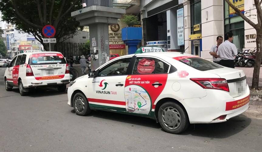 Bat chap du luan, VINASUN van treo bieu ngu chong Uber - Grab-Hinh-9