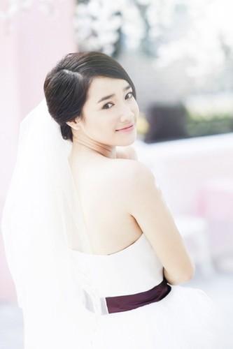 Nha Phuong dien vay co dau lam tan chay trai tim trai tre-Hinh-10