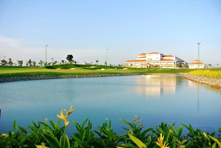 Can canh san golf gan Tan Son Nhat bi de nghi thu hoi-Hinh-12