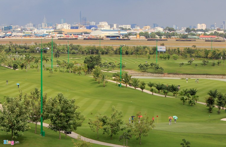 Can canh san golf gan Tan Son Nhat bi de nghi thu hoi-Hinh-7