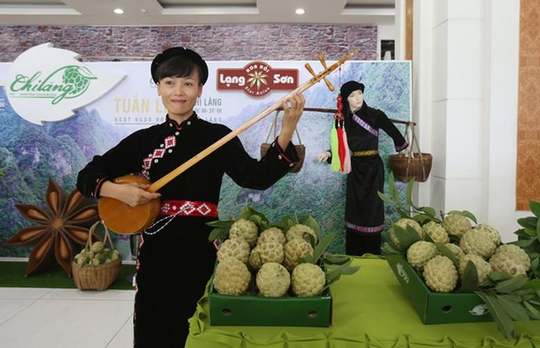 """Hinh anh na Chi Lang """"khung"""" xuong pho Ha Noi-Hinh-7"""