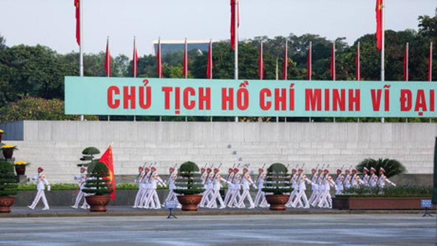 Xuc dong le chao co tai Quang truong Ba Dinh mung ngay 2/9-Hinh-11