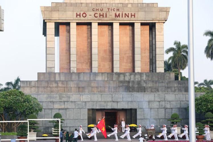 Xuc dong le chao co tai Quang truong Ba Dinh mung ngay 2/9-Hinh-12