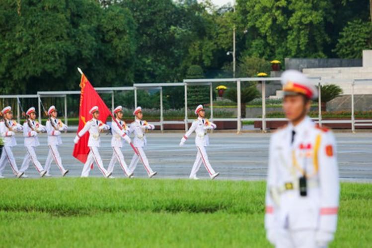 Xuc dong le chao co tai Quang truong Ba Dinh mung ngay 2/9-Hinh-3