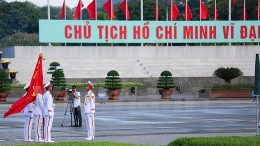 Xuc dong le chao co tai Quang truong Ba Dinh mung ngay 2/9-Hinh-4