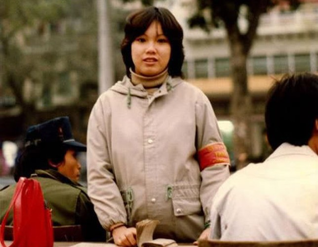 """Dan choi hang xin"" thoi bao cap-Hinh-2"