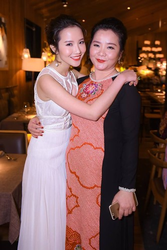 "Gia the ""khung"" nguoi yeu tin don cua thieu gia Phan Thanh-Hinh-8"