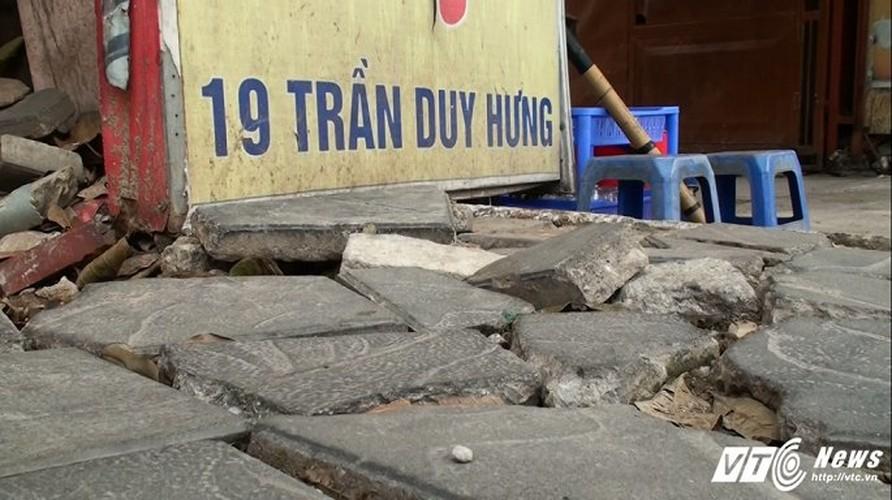 Anh: Da ben 70 nam nat bet tren via he Ha Noi-Hinh-6