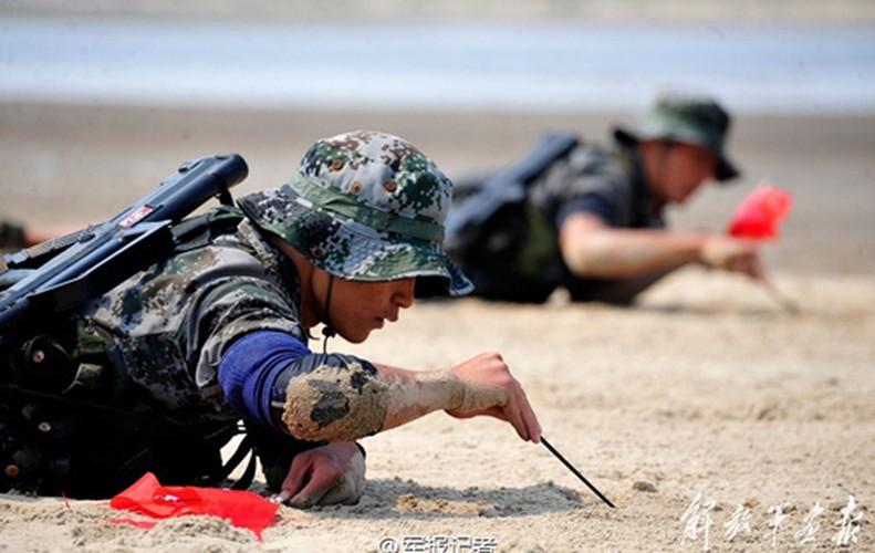 Ven man bi mat luc luong dac biet Trung Quoc-Hinh-12