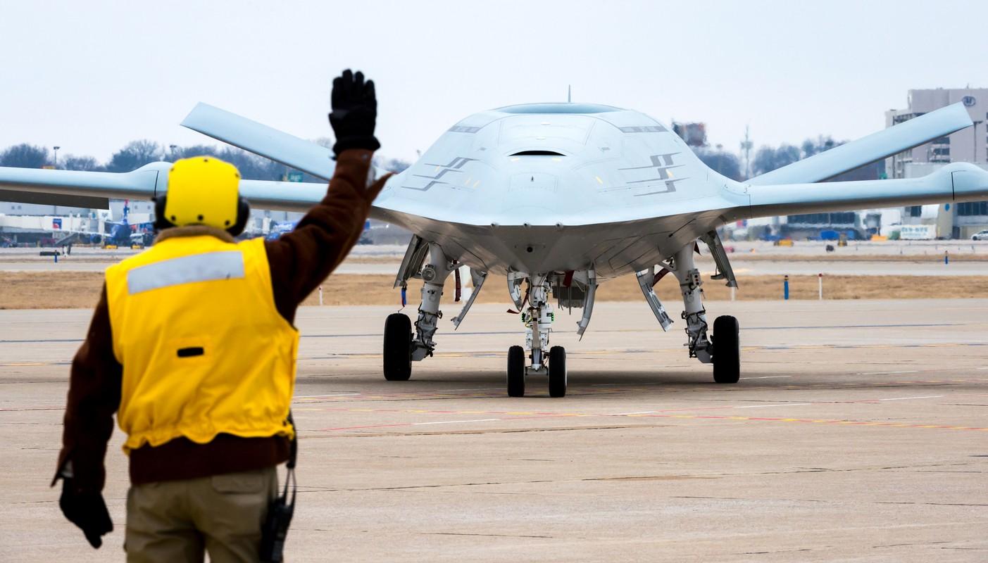 Vu khi va su kien noi bat nam 2020: Ten lua S-400 van dat khach-Hinh-2
