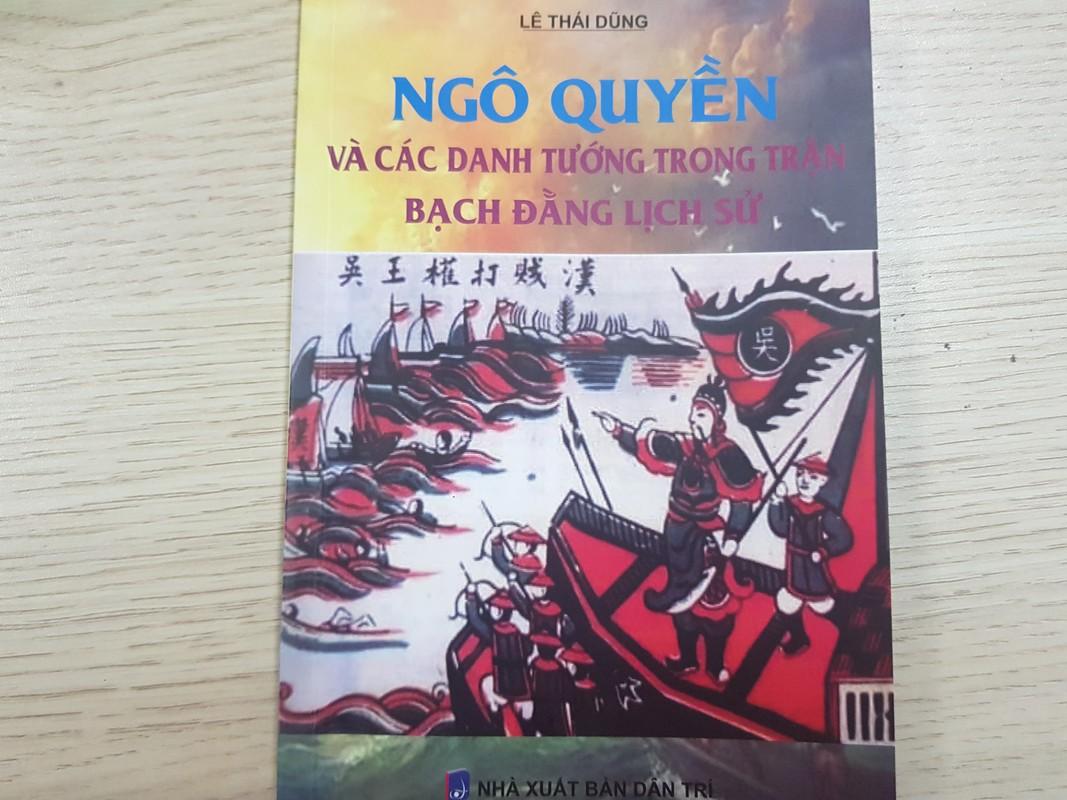 Cuon sach ve cuoc doi nhieu tranh cai cua tuong giet giac Duong Tam Kha
