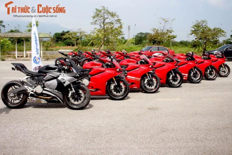 "Dan sieu moto Ducati Panigale ""khoe dang"" tai Ha Noi-Hinh-6"