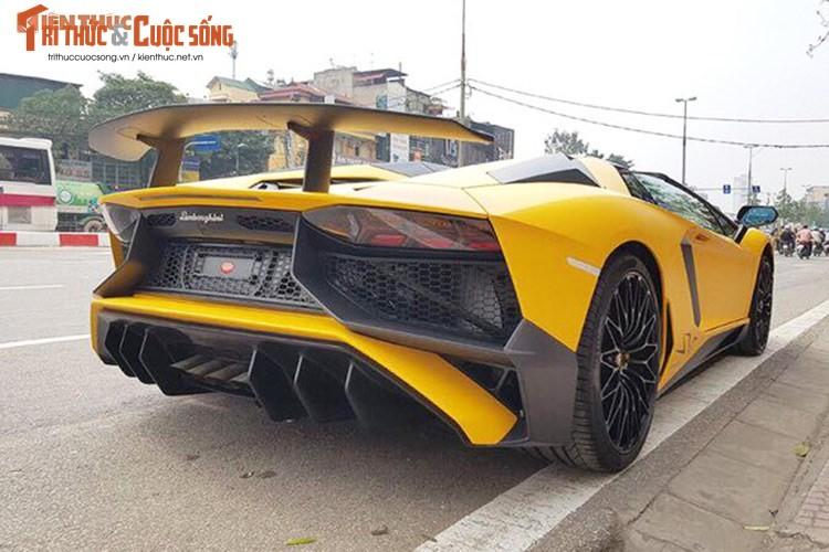 Lamborghini Aventador SV mui tran gia 39 ty tai Viet Nam-Hinh-9