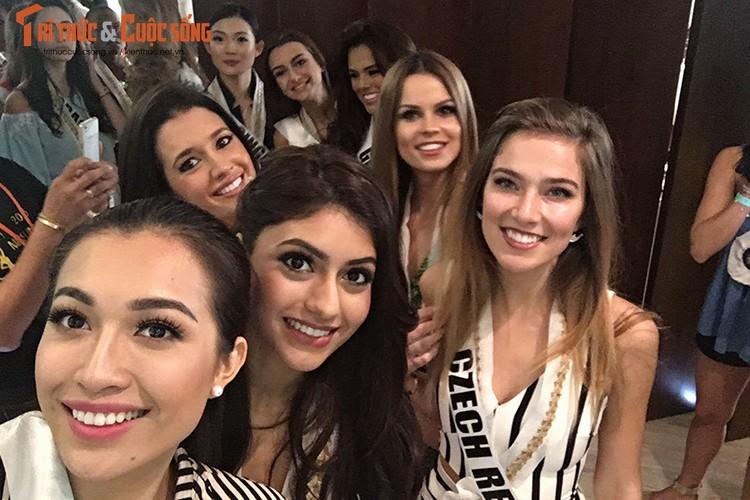 Le Hang tu tin trinh dien thoi trang tai Miss Universe 2016-Hinh-11