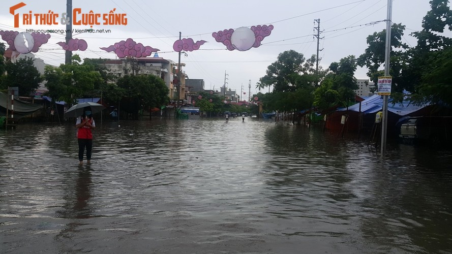 """Anh: TP Hai Duong """"thanh song"""" sau con mua lon-Hinh-10"""