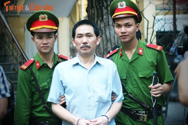 Anh: Ha Van Tham mim cuoi, Nguyen Xuan Son hoc hac sau ban an-Hinh-11