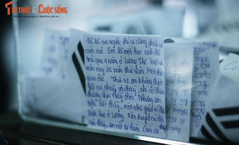 Anh: Xuc dong, nghen ngao le tang thay Van Nhu Cuong-Hinh-12