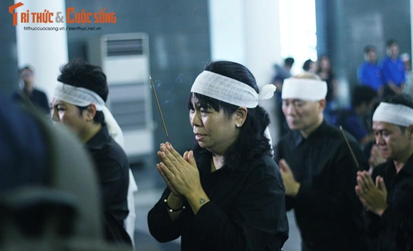Anh: Xuc dong, nghen ngao le tang thay Van Nhu Cuong-Hinh-5