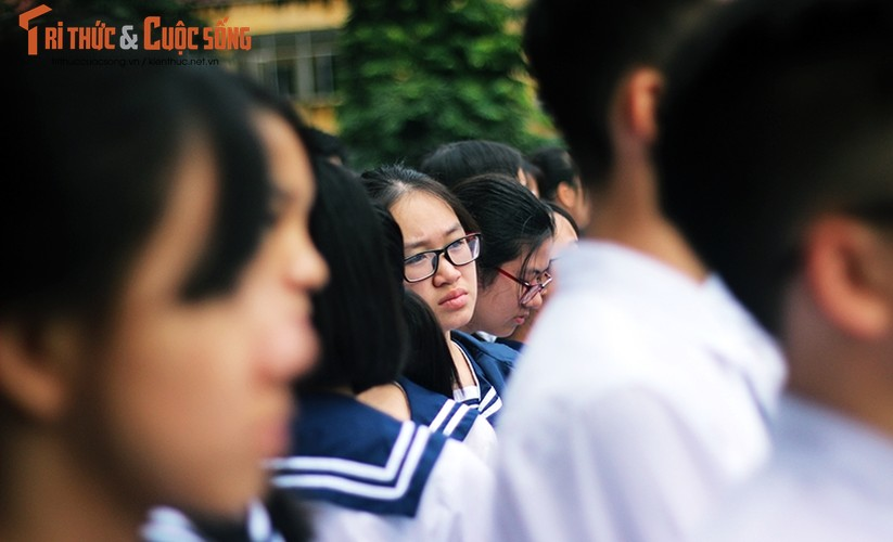 Anh: Xuc dong, nghen ngao le tang thay Van Nhu Cuong-Hinh-8
