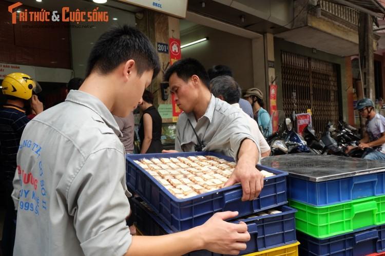 "Banh trung thu Bao Phuong ""hot"" nhat Thu do vang ve khac thuong-Hinh-10"
