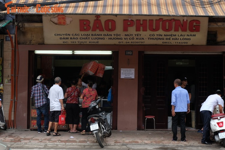 "Banh trung thu Bao Phuong ""hot"" nhat Thu do vang ve khac thuong-Hinh-2"