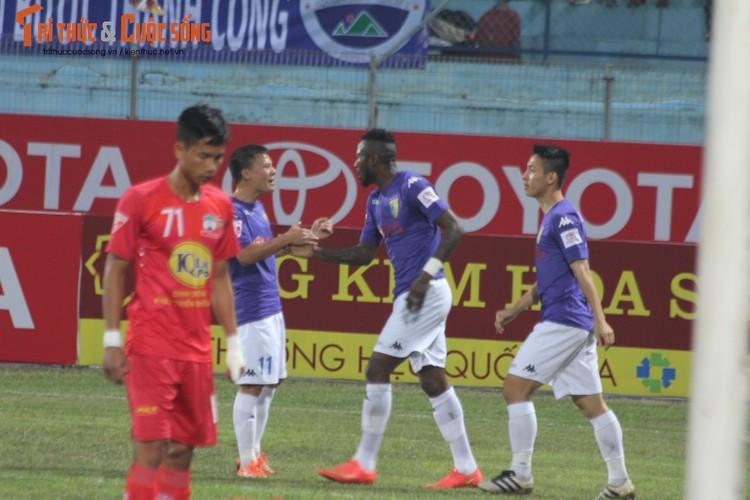 Cong Phuong don sinh nhat buon tai Ha Noi-Hinh-6