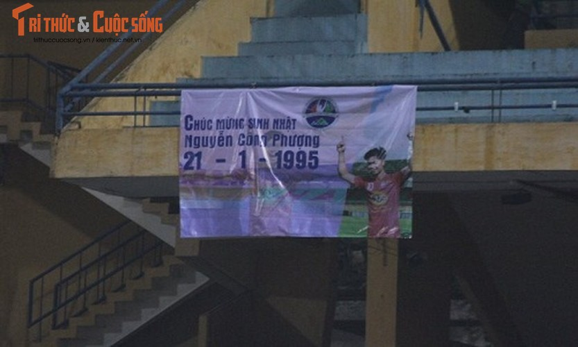 Cong Phuong don sinh nhat buon tai Ha Noi-Hinh-12