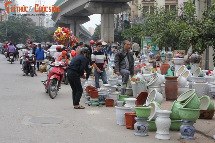 Chum anh: Khong khi chieu 30 Tet Dinh Dau o Ha Noi-Hinh-4