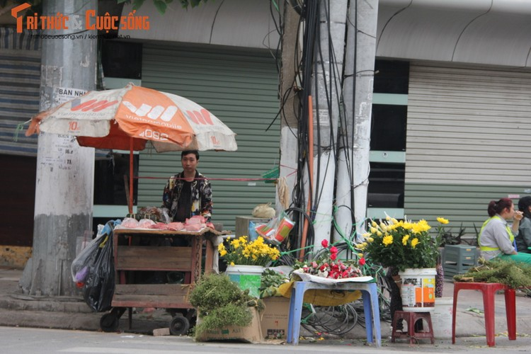 Chum anh: Khong khi chieu 30 Tet Dinh Dau o Ha Noi-Hinh-6