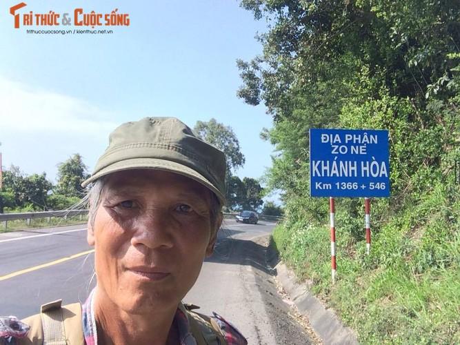Gioi tre phuc sat dat cu ong di bo xuyen Viet-Hinh-10