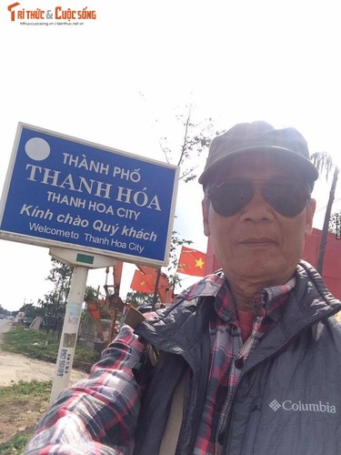 Gioi tre phuc sat dat cu ong di bo xuyen Viet-Hinh-4
