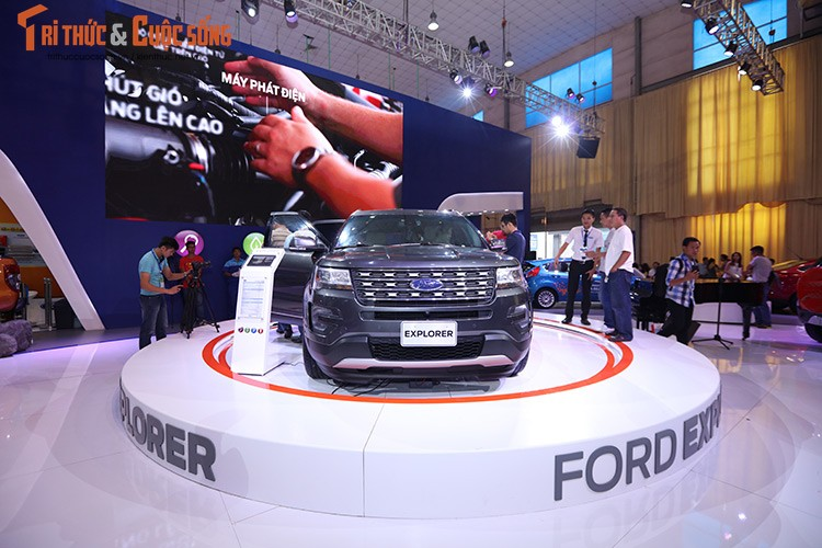 Ford Viet Nam trinh dien dong co EcoBoost tai VMS 2016-Hinh-3