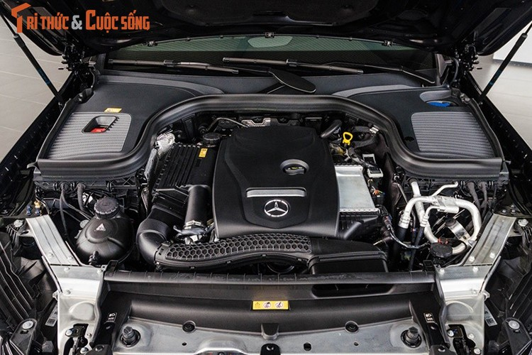 Ca sy Toc Tien tau Mercedes GLC 4Matic gia 1,78 ty-Hinh-11