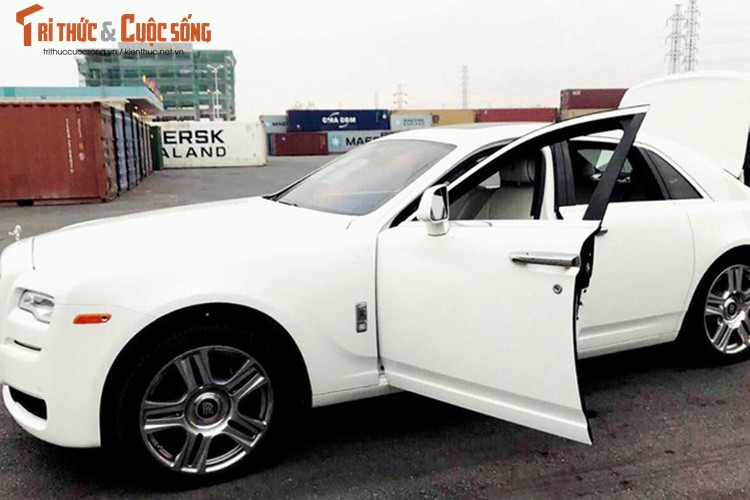 Rolls-Royce Ghost gia 42 ty dong ve Viet Nam ngay can Tet-Hinh-4