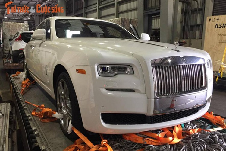 Rolls-Royce Ghost gia 42 ty dong ve Viet Nam ngay can Tet-Hinh-7