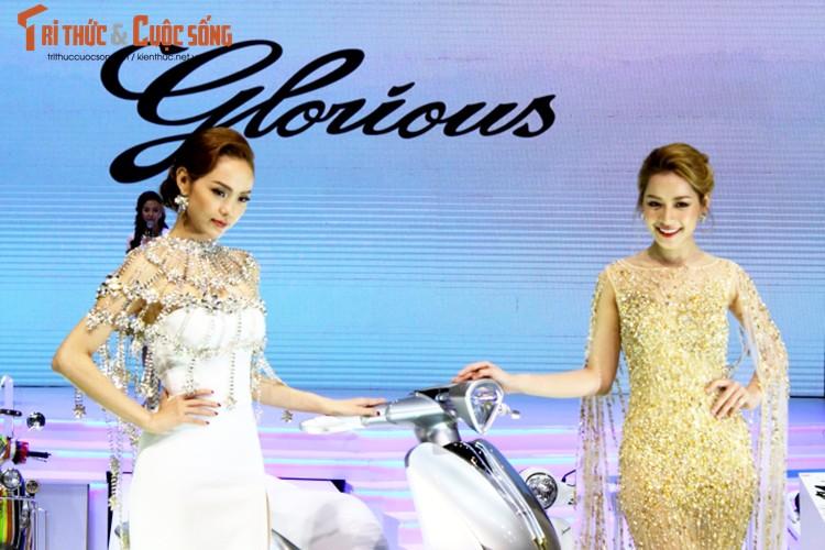 "Minh Hang ""hen ho"" Chi Pu tai gian hang Yamaha o VCMS 2017-Hinh-5"