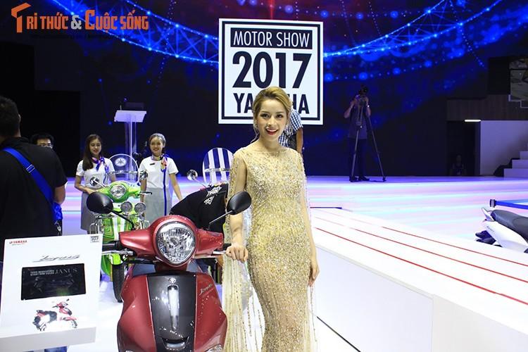 "Minh Hang ""hen ho"" Chi Pu tai gian hang Yamaha o VCMS 2017-Hinh-9"