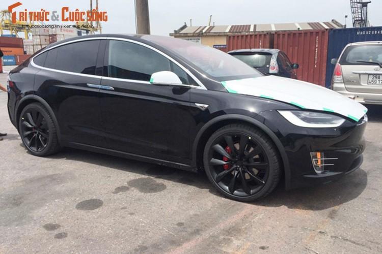 "Can canh sieu ""xe hop"" chay dien Tesla Model X tai VN-Hinh-2"