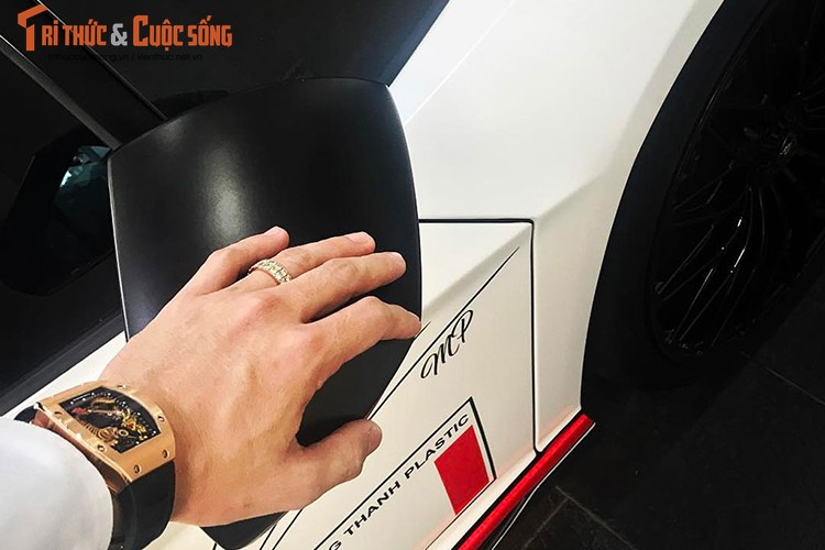Lamborghini Aventador SV 35 ty cua Minh Nhua khoe ao moi-Hinh-3