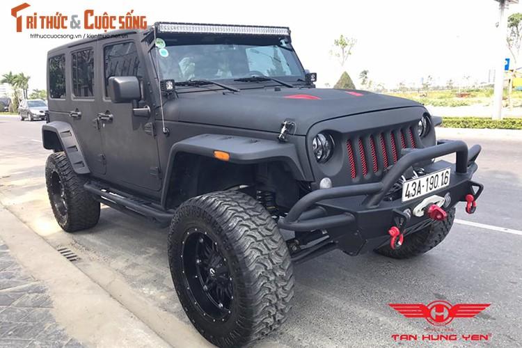 """Soi"" Jeep Wrangler Unlimited Lifted gia 2,9 ty tai Da thanh"