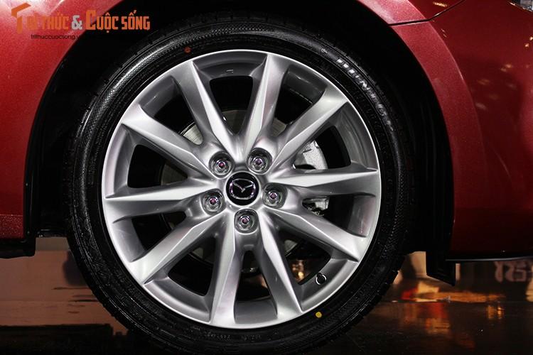 "Tang gia 30 trieu dong - Mazda3 phien ban 2017 co gi ""hot""?-Hinh-8"