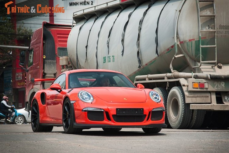 """Cuong Do La """"tau"""" Porsche 911 GT3 RS 13,8 ty dong?-Hinh-4"""
