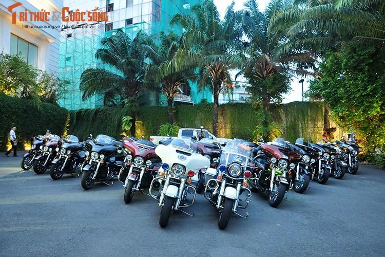 Gan 100 moto Harley-Davidson ra mat Clb HD - TP HCM