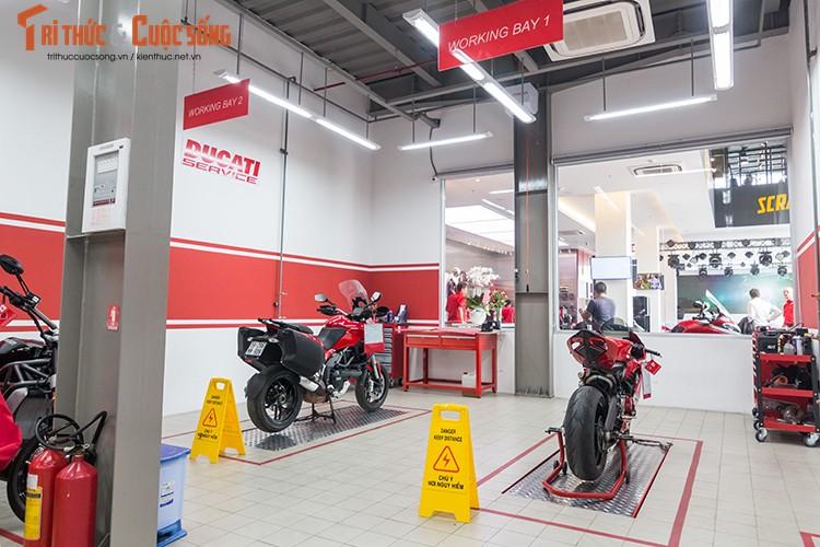 Ducati Viet Nam co showroom moto chuan 3S toan cau-Hinh-9