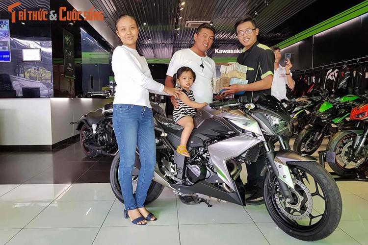 "Dan choi Sai Gon ""xach"" 150 trieu tien le mua Kawasaki Z300-Hinh-5"